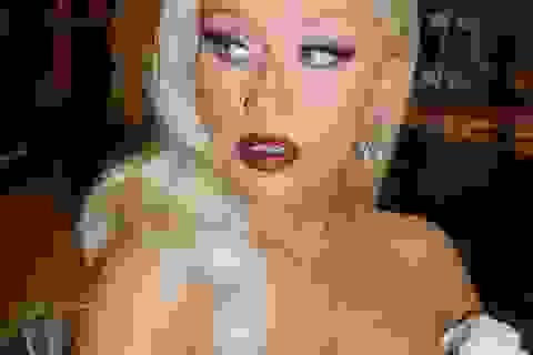 Christina Aguilera ngày càng khác lạ