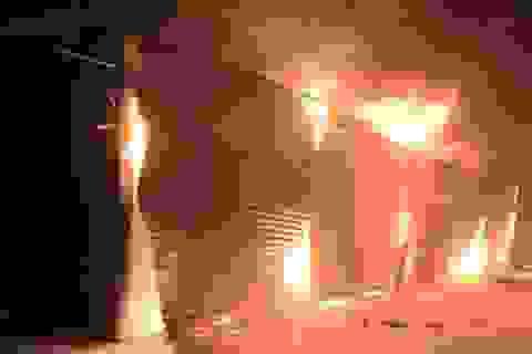 Cháy chợ huyện vùng cao Mương Khương tối mùng 1 tết Bính Thân