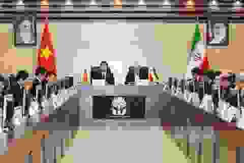 Chủ tịch nước Trương Tấn Sang dự Diễn đàn Doanh nghiệp Việt Nam – Iran