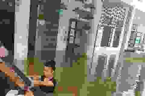 Những cô giáo liều mình cứu trường trong lũ