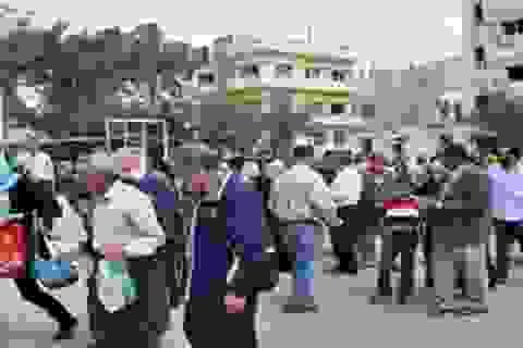 Hàng trăm người dân Syria đã trở lại thành phố cổ Palmyra