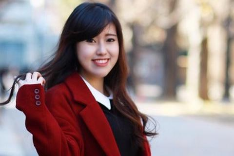 Cô giáo 9X đáng yêu dạy văn hóa Việt cho học sinh Nhật