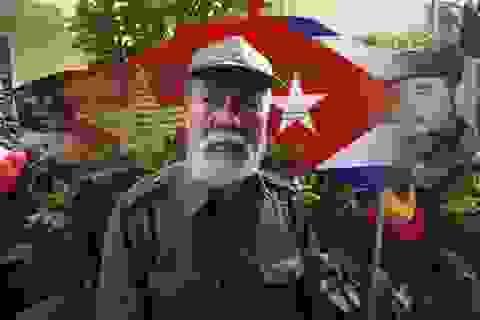 Người Hà Nội tưởng nhớ lãnh tụ Cuba Fidel Castro