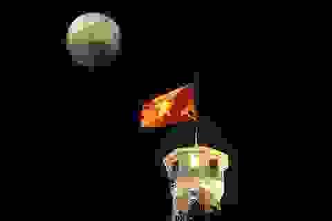 """""""Siêu trăng thế kỷ"""" trên bầu trời Hà Nội"""