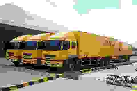 FUSO bàn giao 18 xe Fighter FJ 24 tấn cho DHL Supply Chain