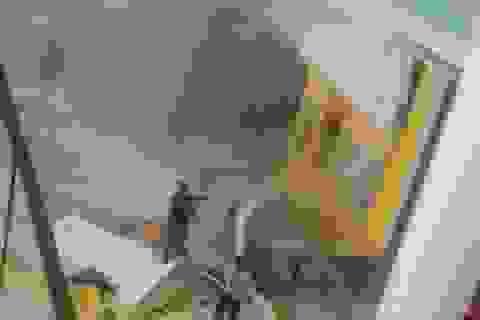 Nổ tại trung tâm thương mại Jakarta làm 13 người bị thương