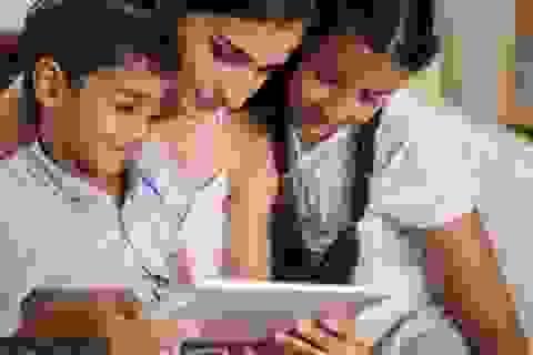 Hội Nhi khoa Mỹ hướng dẫn cách trẻ tiếp xúc với thế giới ảo