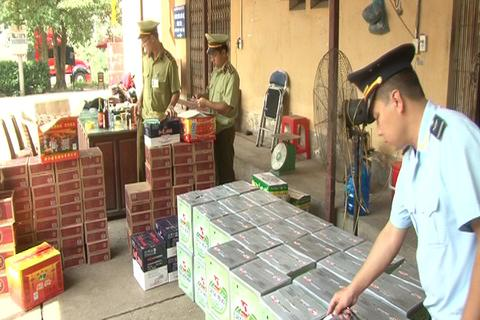 Bắt giữ hơn 2 nghìn chai rượu, bia nhập lậu từ Trung Quốc