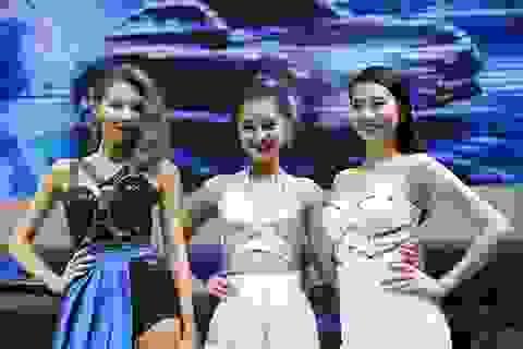 Những cô gái xinh đẹp tại Vietnam Motor Show 2016