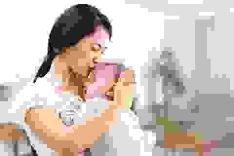 Hi hữu: Bà mẹ trẻ còn 24kg sau sinh 5 tháng vì trầm cảm nặng