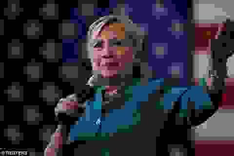 Bà Clinton công bố chi tiết thông tin sức khỏe chứng minh đủ khả năng làm tổng thống