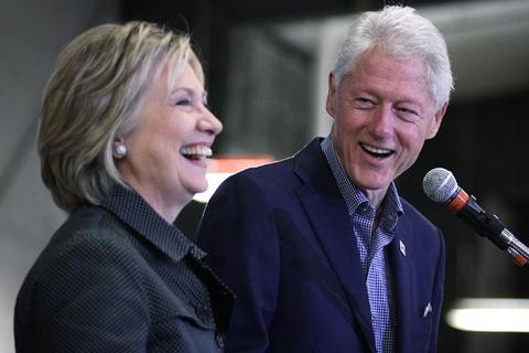 FBI bất ngờ công bố hồ sơ điều tra cựu Tổng thống Bill Clinton