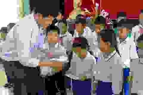 Sửa đổi, bổ sung chính sách học bổng đối với học sinh, sinh viên