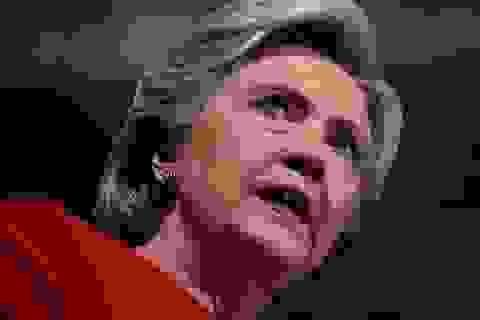 Ông Trump quyết định không truy tố bà Clinton