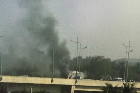 Xe khách 45 chỗ bốc cháy trên cao tốc, nhiều người thoát nạn