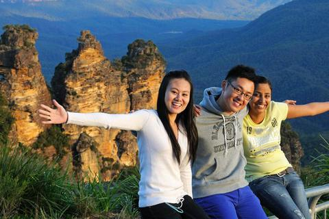 Bí quyết xin học bổng học viện quản trị khách sạn Blue Mountains