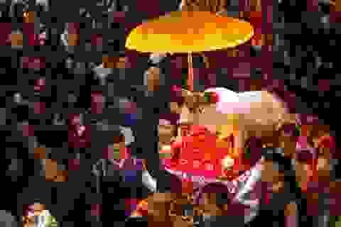 Những lễ hội xuân rộn ràng sau Tết