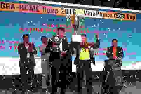 Golf thủ Adrew Hùng Phạm đã trở thành nhà vô địch ở giải TPHCM mở rộng