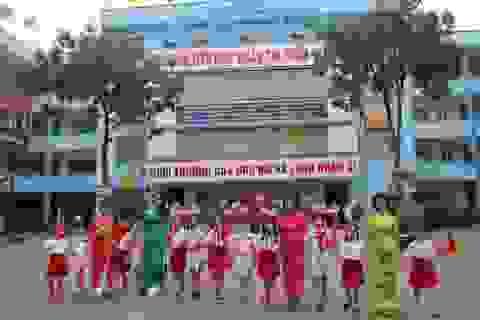 Món quà đặc biệt của thày trò trường tiểu học Đoàn Thị Điểm Hà Nội gửi Trường Sa