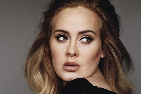 """Kí hợp đồng """"khủng"""" với Sony, Adele làm nên kỳ tích"""