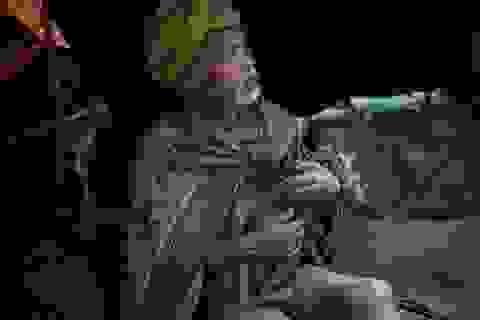 """Những bức ảnh về bộ lạc """"người rừng"""" cuối cùng trên thế giới"""