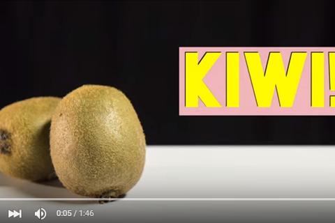 Mẹo cắt trái cây nhanh và đẹp cho bà nội trợ