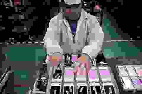 Đối tác của Apple tại Trung Quốc từ chối sản xuất iPhone tại Mỹ
