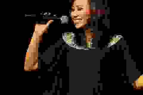 """""""Họa mi"""" Khánh Linh: Có lúc bị tình yêu chi phối quá nhiều"""