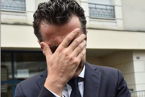 Thị trưởng Pháp bật khóc vì vụ sập ban công khiến 4 sinh viên thiệt mạng