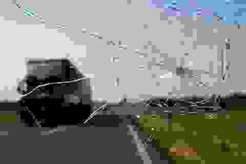 Bắt 2 nghi can bắn 5 phát súng vào ô tô đang chạy trên đường