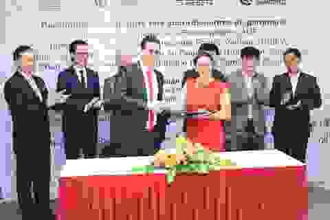 """Ký thỏa thuận """"mở rộng cửa"""" việc làm cho sinh viên Pháp ngữ"""