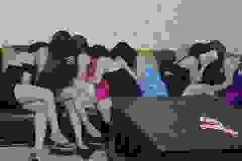 ILO: Gái mại dâm đôi khi phải tiếp hơn 30 khách trong ngày