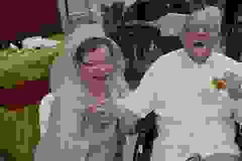 """80 tuổi lần đầu làm cô dâu: """"Tìm thấy tình yêu chẳng bao giờ là muộn"""""""