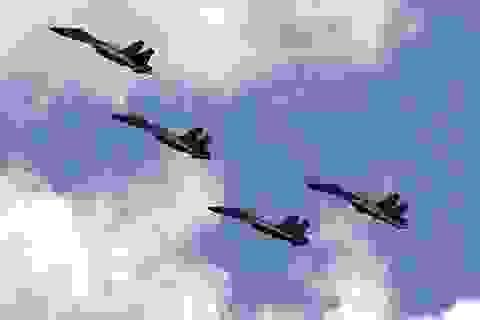 Chiến đấu cơ Trung Quốc quần thảo ở Thái Bình Dương, máy bay Nhật xuất kích đối phó