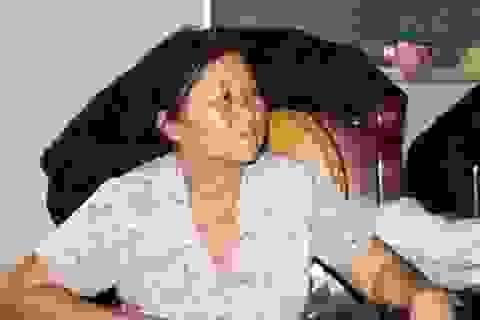 Mẹ già 10 năm mòn mỏi tìm hung thủ giết con