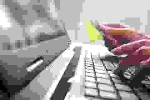 """Chủ thẻ ANZ bị """"bốc hơi"""" hàng chục triệu đồng trong tài khoản"""
