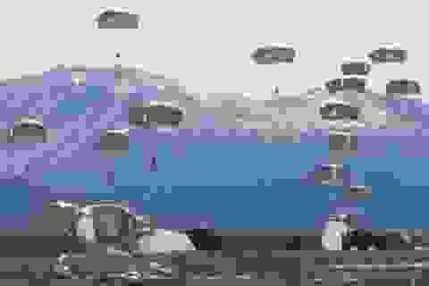 Mỹ điều động 400 lính đổ bộ đường không tới Hàn Quốc