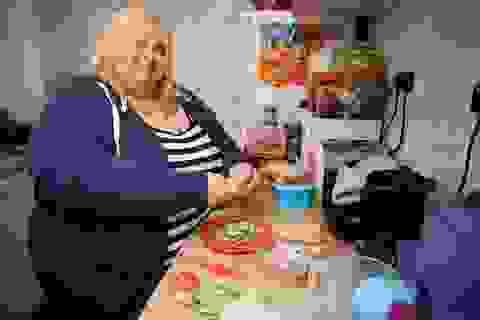 Người mẫu ngoại cỡ: Thà béo tròn chứ không chịu giảm cân