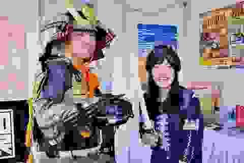 Bạn trẻ Sài thành hào hứng thưởng thức trà đạo, chụp hình cùng chiến binh Nhật