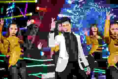 """Noo Phước Thịnh chỉn chu """"từng ly từng tý"""" trước khi lên sân khấu"""