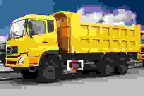"""Ô tô tải Thái Lan """"đổ bộ"""" vào Việt Nam"""