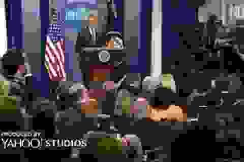 Tổng thống Obama cho tạm ngừng họp báo vì sự cố bất ngờ