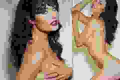 Kiều nữ Anh gây sốc với bộ ảnh nude táo bạo