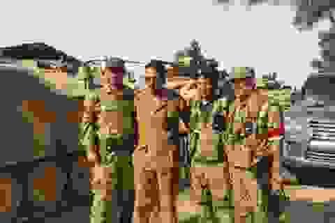 Mỹ yểm trợ Thổ kéo xe tăng sang Syria: Con bài kép