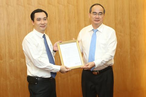 Nhà báo Vũ Văn Tiến được bổ nhiệm làm Tổng biên tập Tạp chí Mặt trận