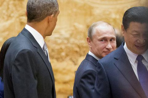 """Vượt qua """"ngưỡng hủy diệt"""": Uy lực Putin trỗi dậy"""