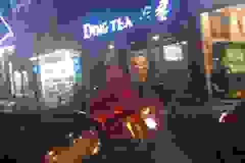 Nở rộ dịch vụ làm ông già Noel phát quà dịp Giáng sinh