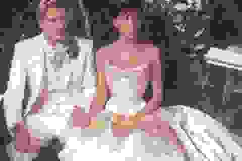Vợ chồng David Beckham hạnh phúc kỉ niệm 17 năm ngày cưới