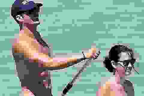 """Miranda Kerr cũng """"sốc nặng"""" trước loạt ảnh khỏa thân của chồng cũ"""