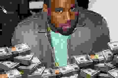 """Kayne West tiếp tục vung tay """"ném tiền qua cửa sổ"""""""